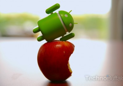 Apple-VS-Android-Toy-VS-Fruit-3
